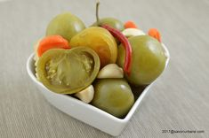 cele mai bune gogonele murate de casa reteta Pickles, Cookie Recipes, Mai, Urban, Cookies, Foods, Canning, Red Peppers, Biscuits