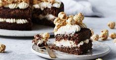Eclairs, Food Cakes, Popcorn, Tiramisu, Tapas, Frosting, Cake Recipes, Cheesecake, Sweet