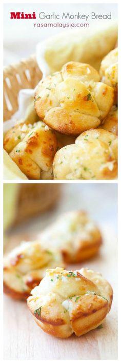 mini garlic monkey bread>>easiest recipe ever