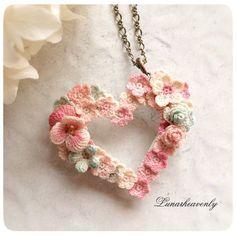 Lunarheavenlyレース編み作家 on Irish Crochet, Crochet Butterfly, Crochet Flower Patterns, Crochet Motifs, Crochet Art, Fleur Crochet, Crochet Flowers, Crochet Crafts, Crochet Stitches