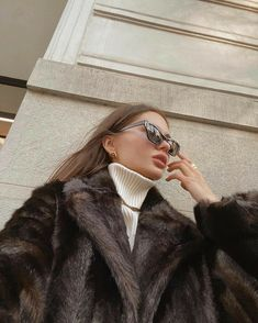 Classy Aesthetic, Aesthetic Girl, Aesthetic Clothes, Girl Fashion, Fashion Outfits, Womens Fashion, Modele Hijab, Photographie Portrait Inspiration, Insta Photo Ideas