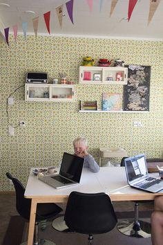 Vadelmatapetti Desk, Furniture, Home Decor, Desktop, Decoration Home, Room Decor, Table Desk, Home Furnishings, Office Desk