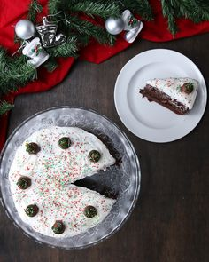 Kit Kat Poke Cake