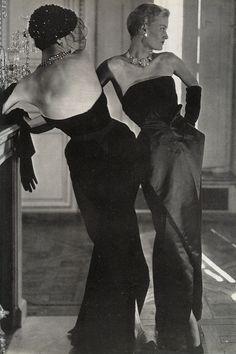 Vogue, October 1949, Dior's scissor skirt line.