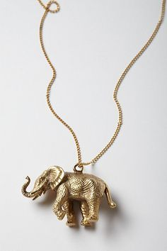 elephant necklace !! I WANT THIS SO BAD !!