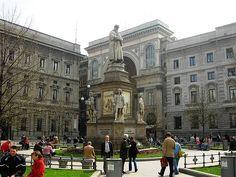 Milano - Piazza della Scala #TuscanyAgriturismoGiratola