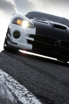 Dodge Viper SRT www.dealerdonts.com