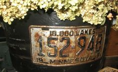 Aged license plate on stress painted tin tub. License Plate Crafts, Old License Plates, Tin Tub, Rust In Peace, Unique Gardens, General Crafts, Funky Junk, Container Plants, Diy Hacks