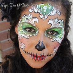 Sugar Skull Makeup – Vanessa Mendoza - Easy Make Up Sugar Skull Face Paint, Sugar Skull Design, Sugar Skull Makeup, Sugar Skulls, Halloween Makeup Witch, Halloween Make Up, Halloween Ideas, Face Painting Designs, Body Painting