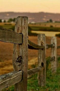 9 Unique Tips: Wooden Fence Gate Lock Fence Ideas Inexpensive.Wooden Fence Kit Garden Fence Stakes Home Depot. Country Fences, Rustic Fence, Country Farm, Country Life, Country Living, Country Style, Farm Photography, Photography Gallery, Landscape Photography