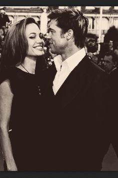 Brad Pitt & Angelina Jolie Brad Pitt And Angelina Jolie, Jolie Pitt, Bold And The Beautiful, Beautiful People, Beautiful Women, Brad And Angie, Sean Connery, Mysterious, Eye Candy