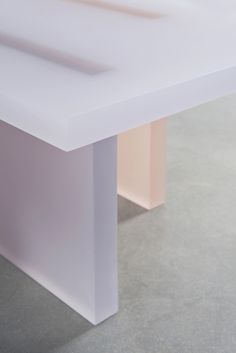 PARK_Haze Low Table (White, Orange and Gray)_03