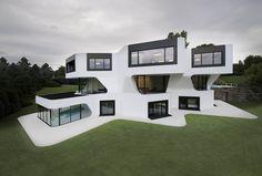Außenansicht mit Garten Luxus EFH Villa Dupli Casa in Ludwigsburg