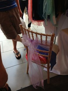 chair ribbon