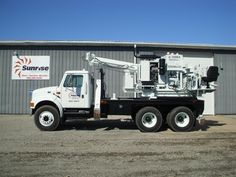 A 12' digging depth Terex Texoma 330-12 pressure digger mounted on a 1997 International chassis.  This unit has been reconditioned and is for sale or rental at Sunrise Equipment.  http://www.sunriseequipment.com/international-4900-texoma-3713