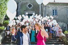 Wedding Balloons - @vweddingportuga @jesuscaballero_ #weddinginportugal #vintageweddinginportugal #vintagewedding #portugalwedding #weddingportugal #weddingsinportugal #myvintageweddinginportugal #rusticwedding #rusticweddinginportugal #thequinta #weddinginsintra #balloons #pinkwedding #pinkweddingdress #pinkbride