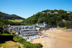 South Sands Hotel - is a Wedding venue in Salcombe, Devon. Bright and airy Devon wedding venue on the stunning Salcombe coastline