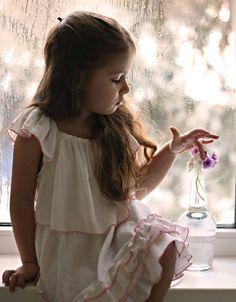e Deus em sua infinita sabedoria ... nos enviou seus anjos ... para que nossos caminhos sejam sempre guardados ... e todos os dias podemos sentir sua presença ... em gestos ... em palavras ... em detalhes ... simplicidades que amigos nos brindam ... trazem paz ... alegrias ... confortam com amor e carinho nossos corações ...❞❤   _____________Jared Hassan