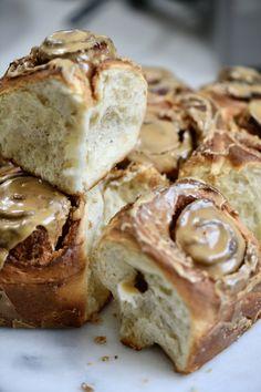 Cardamon Recipes, Almond Recipes, Baking Recipes, Cinnamon Bun Recipe, Cinnamon Rolls, Scrolls Recipe, Coffee Icing, Anna Olson, Sticky Buns