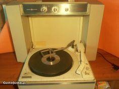 Rádio Gira Discos General Electric Mustang