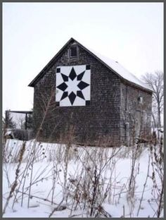 Star, Casco, WI barn quilt for sheep shed  dark blue and white (simplicity)