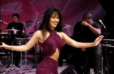 Watching the last Selena concert on Univision where she wore her famous purple outfit: | 32 Things That Will Take You Right Back To Your Mexican Childhood