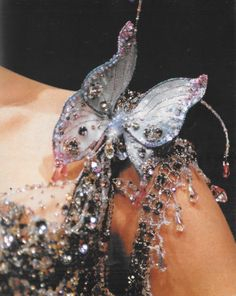 detail. it's all in the details    Dior S/S 1996