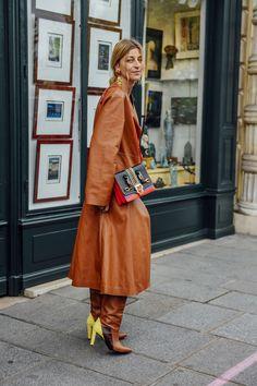 September 30, 2016 Tags Ada Kokosar, Red, Paris, Loewe, Yellow, Gold, Boots, Women, Prints, High Heels, Coats, Earrings, Bags, Paula Cademartori, Leather, 1 Person, Stitching, SS17 Women's