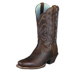 First step to solving a problem is admitting you have a problem. Well I have a problem I'm addicted to boots! <3