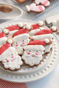 fancy christmas cookies Weihnachtspltzchen pre-christmas cookies with royal icing, american christmas cookie recipe, re . Santa Cookies, Iced Cookies, Royal Icing Cookies, Cookies Et Biscuits, Gingerbread Cookies, Home Made Cookies Recipe, Sugar Cookies Recipe, Cookie Recipes, Christmas Sweets