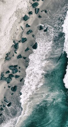 Drone Photography of ocean & beach aerial view Wallpaper Flower, Ocean Wallpaper, Nature Wallpaper, Cool Wallpaper, Wallpaper Backgrounds, Ocean Photography, Aerial Photography, Landscape Photography, Night Photography