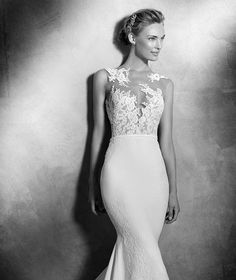 Fall & Winter Bridal Trends: An Interview with Coral Gables Bridals | Loren's World Pronovias Wedding Dress, Lace Wedding Dress, 2016 Wedding Dresses, Bridal Dresses, Wedding Gowns, Dress Lace, Lace Bodice, Vestidos Sexy, Elegant Bride