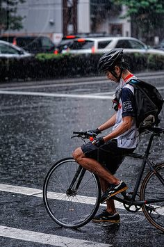 Wet-through biker; Route 246, Shibuya, Tokyo | Flickr - Photo Sharing!