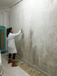 Top 2019 concrete wall lights for 2019 Faux Walls, Plaster Walls, Cement Walls, Concrete Wall, Textured Walls, Paint Walls, Distressed Walls, Distressed Painting, Painting Concrete