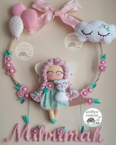 948 likes, 31 comments - Elif Buzlu Komanovalı ( on I . Felt Crafts Diy, Baby Crafts, Crafts For Kids, Paper Crafts, Sewing Toys, Baby Sewing, Diy Y Manualidades, Felt Wreath, Felt Baby