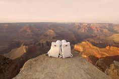Photo issue du très amusant travail photographique du français Julien Mauve qui l'a amené sur Mars. Ou presque...