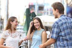 5 Dicas Para Iniciar Conversa com Uma Mulher em Público