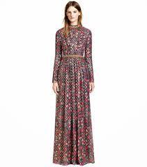 49d5cd04ebeb 37 Best Dress up images   Dress skirt, Low cut dresses, Casual dresses