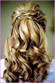 nice Bridesmaid hairstyles half up half down