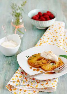 POTINGUES Y FOGONES: Piña caramelizada con sirope y crema de queso