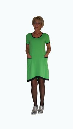 r 40   Sukienka letnia  zielona  lamówki czarne  . - HeWoj - Sukienki