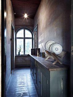 Half kitchen, half corridor