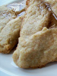 Pareve Cinnamon Dulce De Leche Hamantashen Purim Recipe, Jewish Food, Jewish Recipes, Recipe Boards, Other Recipes, Holiday Recipes, Cookie Recipes, Good Food, Sweets