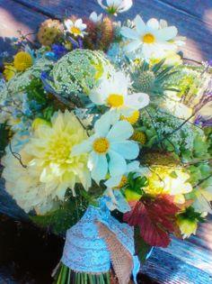 Perfect spring arrangement by Alena Jean