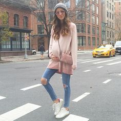 """Mornings in @vdpitalia / soft hues x sneaker combo #viadelleperle """