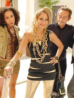 Festa brega   Dicas de personagens para você se inspirar Fashion Bubbles, Lady, Cosplay, Crown, Halloween, Zen, Party Ideas, Party Looks, Money Cake