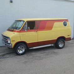 Dodge Street Van Van Design, Bike Design, Chevy Vans, Dodge Van, 4x4 Van, Vanz, Amber Alert, Cool Vans, Vintage Vans
