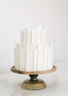 If you just want to save some money our proposition is to make a small cake. See our gallery of small wedding cakes and catch new fresh ideas! Naked Wedding Cake, Small Wedding Cakes, White Wedding Cakes, Elegant Wedding Cakes, Beautiful Wedding Cakes, Gorgeous Cakes, Wedding Cake Designs, Pretty Cakes, Amazing Cakes