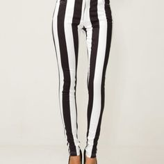 These would NOT look good on my pair shaped body! Oh well. . .