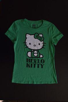 Collectabilitees Old Navy Hello Kitty Irish Flower Women T-Shirt Size XS Green #OldNavy #GraphicTee